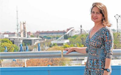 Ana Manzanares, Presidenta de Fundación Ayesa, habla sobre la convocatoria Emprendis en una entrevista realizada para ABC de Sevilla