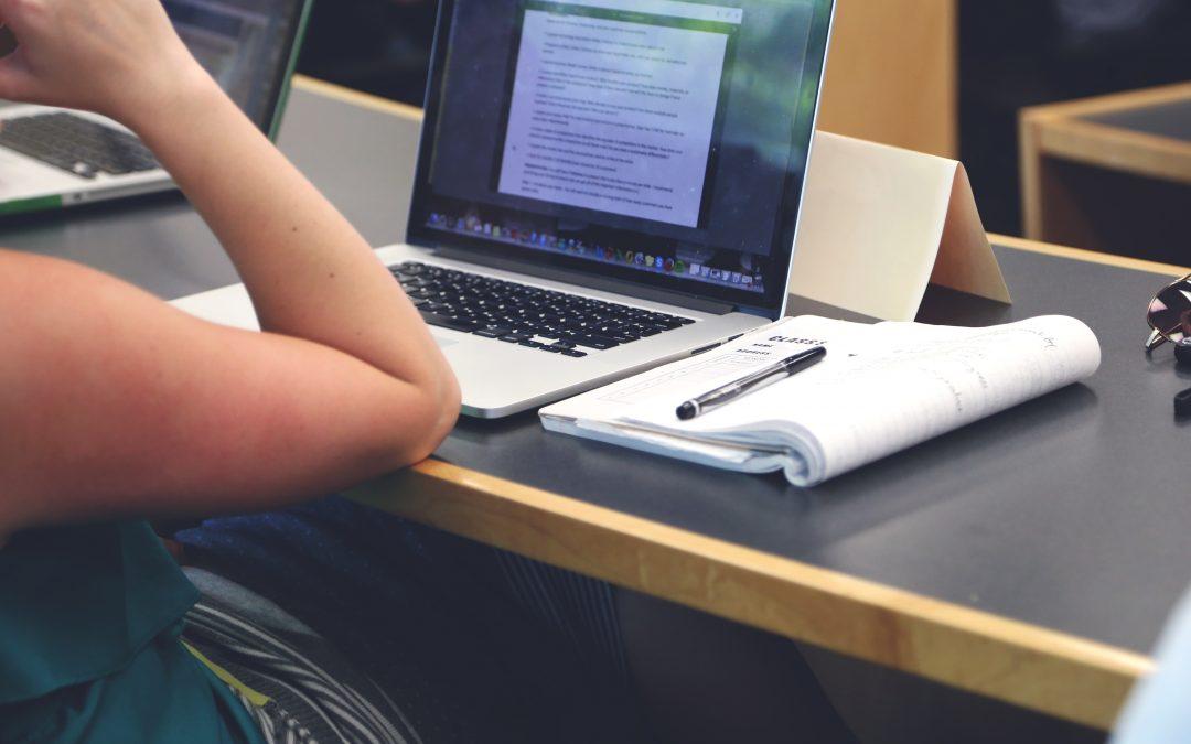 Fundación Ayesa lanza curso gratuito con compromiso de contratación sobre desarrollo de aplicaciones móviles